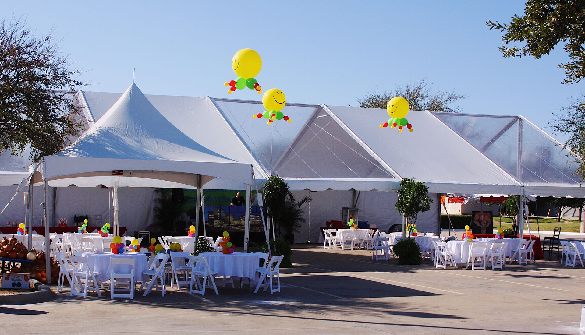 Frame tents and structure tents are better preferred for Between 200 and 500 guests